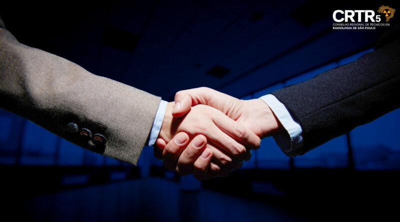 CRTR-SP e CRTR-RJ firmam acordo de cooperação